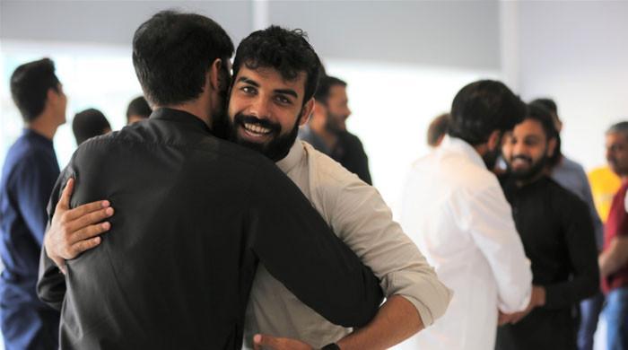 Pakistan team offers Eid-ul-Adha prayers in Manchester ahead of England clash