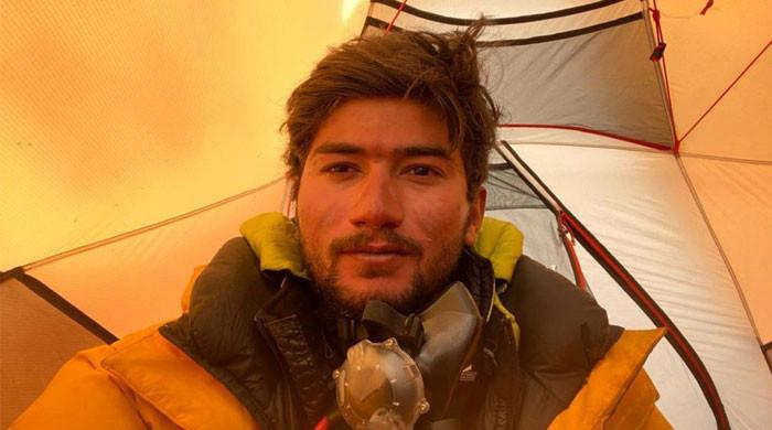 Shehroze Kashif becomes youngest Pakistani to conquer K2 at age 19