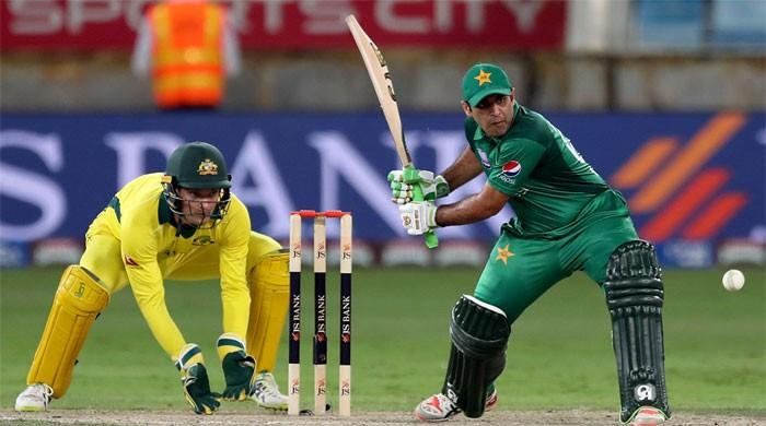 Australia beat Pakistan by six runs in fourth ODI