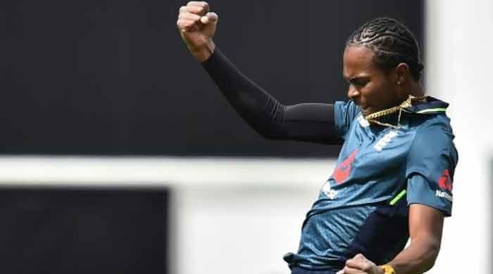 England´s Archer stars again before rain halts Pakistan ODI