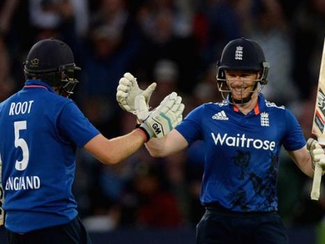 Pakistan set 352-run target by England in final ODI