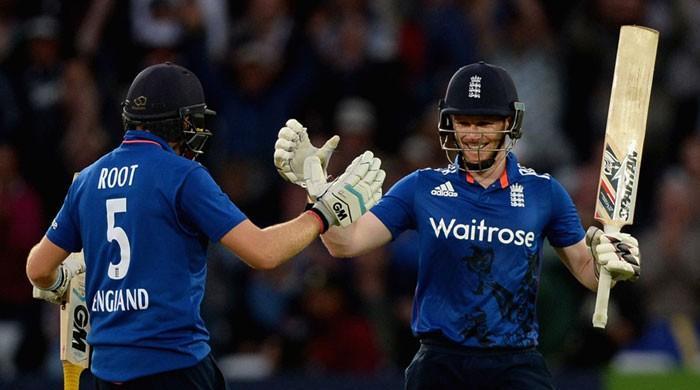 Pakistan set 352-run target by England in final ODI