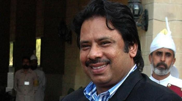 Squash legend Jahangir Khan tells Pakistan team to be consistent with their effort