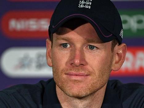 England captain Morgan won´t tell fans how to react to Smith, Warner