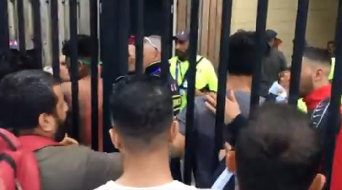 Afghan fans clash with Pakistan supporters, security officials at Headingley