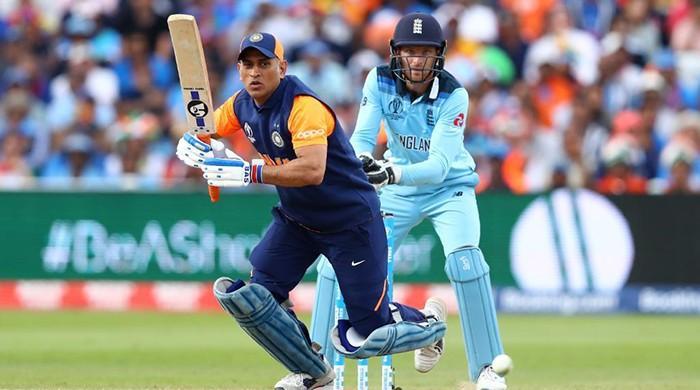 Did MS Dhoni throw away the England game to hurt Pakistan?