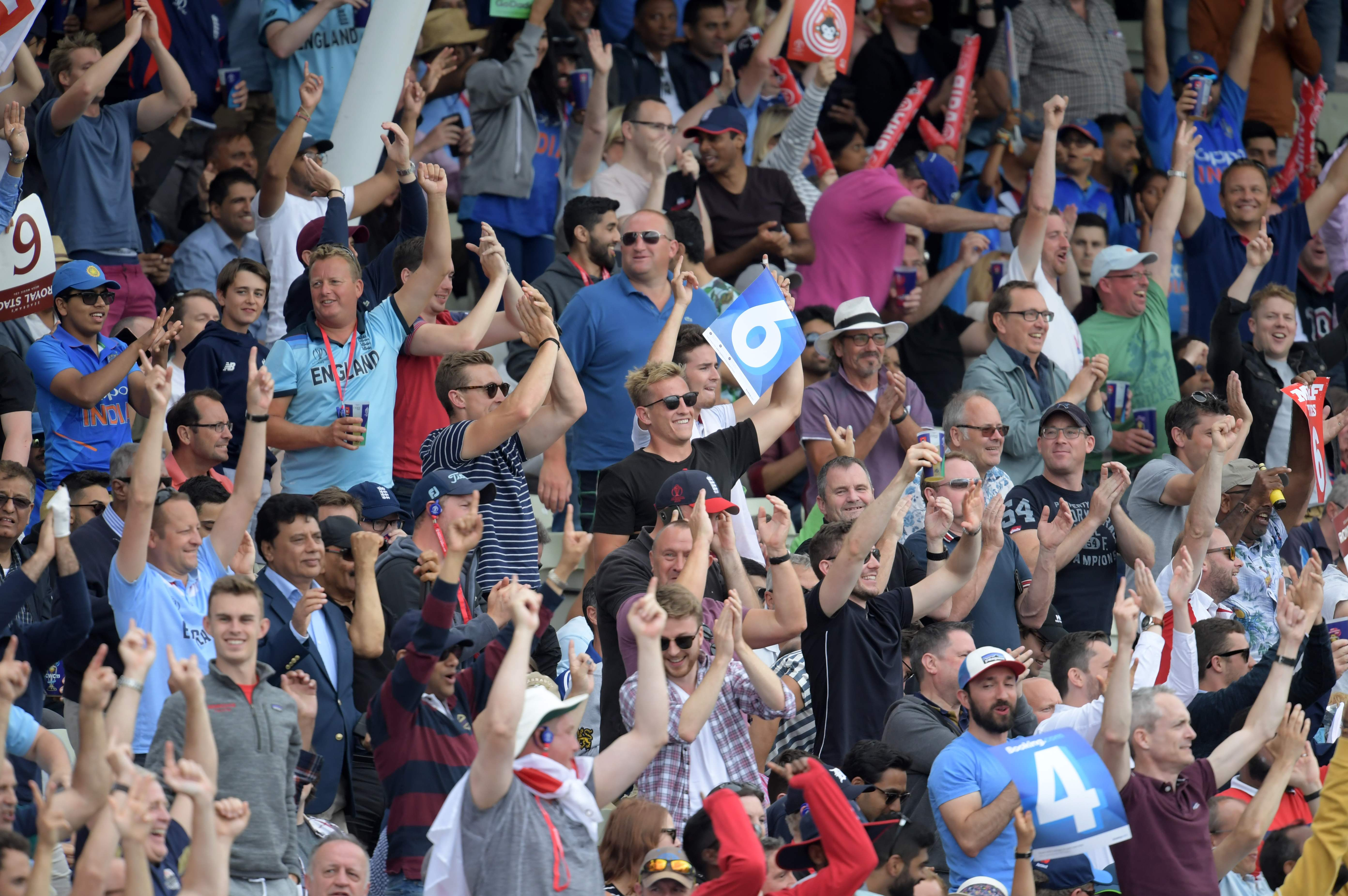 Spectators cheer during the 2019 Cricket World Cup second semi-final. Photo: AFP
