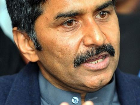 Miandad to visit LoC to highlight Kashmir's misery, need for peace