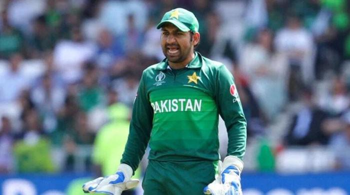 'Overburdened' Sarfaraz should be relieved from Test captaincy: Zaheer Abbas