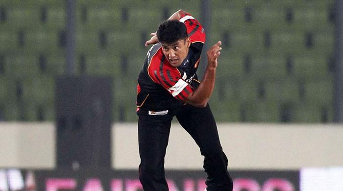 Yasir Arafat emerges as a new applicant for Pakistan bowling coach position