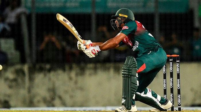 Mahmudullah fifty guides Bangladesh to 175-7 against Zimbabwe
