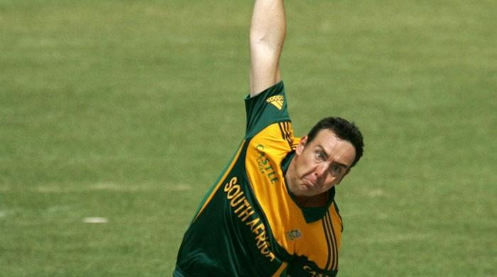 Hampshire´s Kyle Abbott takes 17 wickets to send records tumbling