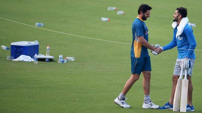 Afridi congratulates 'great player' Kohli for rejoining 50-50-50 club
