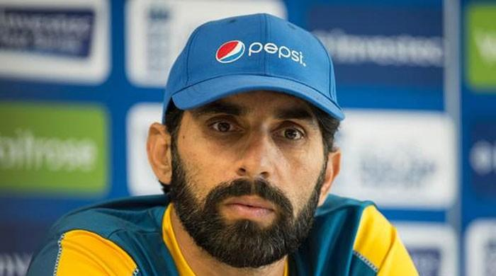 One failure doesn't warrant panic: Misbah defends Akmal, Shehzad