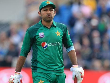 PCB removes underperforming Sarfaraz as Pakistan Test, T20I captain