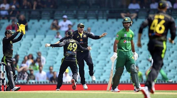 Heroes and Zeroes from Pakistan and Australia's rain-marred first T20I