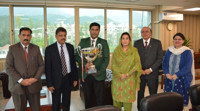 PBSA talk to IPC minister to remind Govt of snooker ace Asif's Rs10m prize
