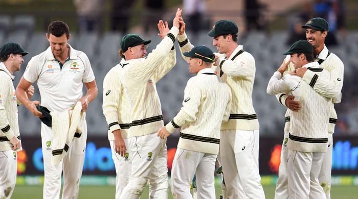 Lyon takes five as Australia thrash Pakistan with day to spare