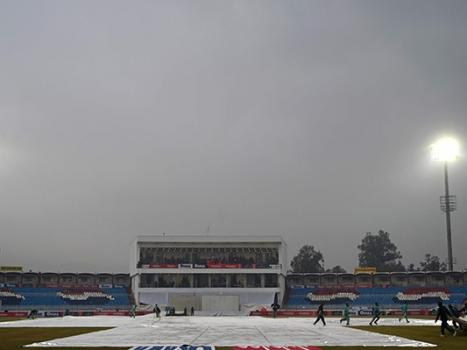 Pakistan vs Sri Lanka: Rain disrupts play at Rawalpindi Stadium