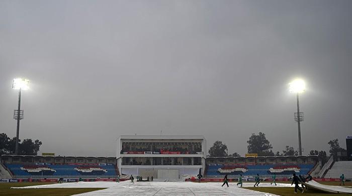 Pakistan vs Sri Lanka: Rain disrupts play at Rawalpindi Stadium