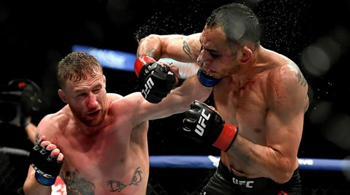 Justin Gaethje dominates Tony Ferguson in UFC's return match