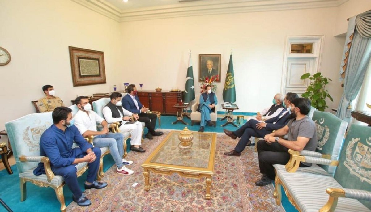 PM Imran Khan rejects Misbah-led delegation's plea to reinstate old system  | - GeoSuper.tv