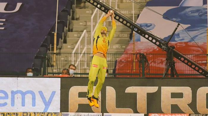Faf du Plessis guides Chennai Super Kings to victory in IPL 2020 opener
