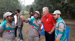 'True lover of the game': Cricket world mourns death of Dean Jones