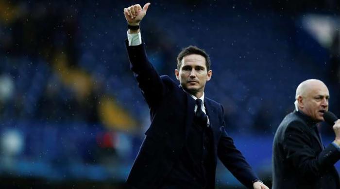 Chelsea owner Roman Abramovich sacks club legend Frank Lampard