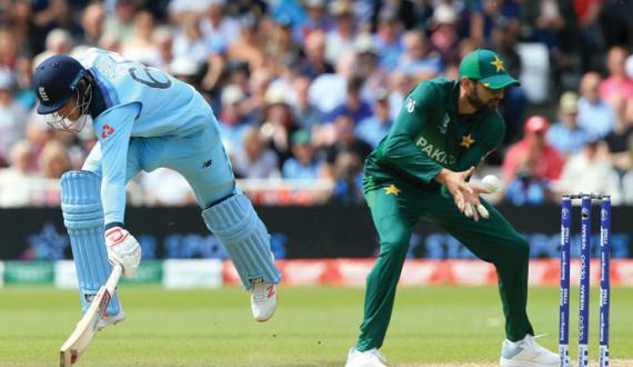 pakistan cricket team kay tamam khilari england janay ko tayar