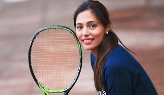 tennis player sara mehbood aur walid corona mai mubtila