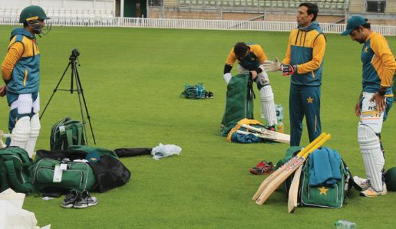 england sae series kay liye purjosh pakistani cricketers ki bharpor practice