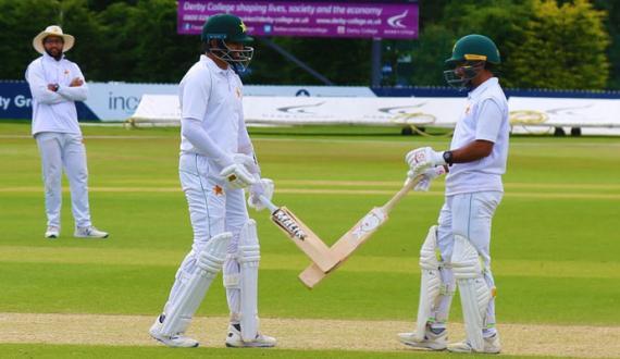 england mein pakistani cricketers ki azmaish ka aghaz