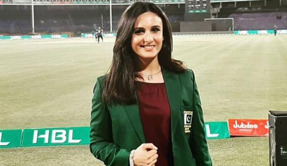 Lahore Qalanders or Karachi Kings palwasha bashir in Fever of