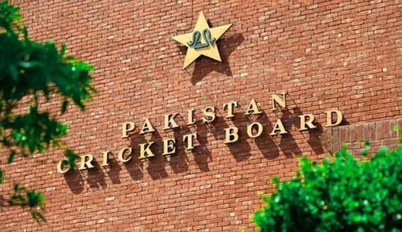 board ka qaumi cricket team ki karkardagi par adam itmenan ka izhar