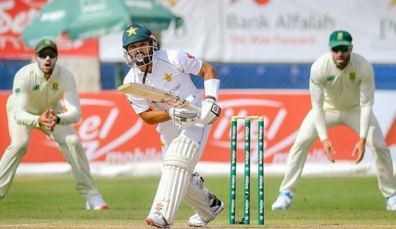 pakistan 378 par out junubi africa kay khilaf 158 runs ki bartari hasil