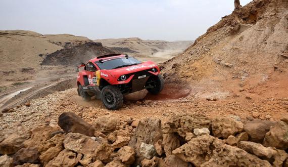 saudi Dakar Rally mulko kay 550 sae zayed drivers ki shirkat