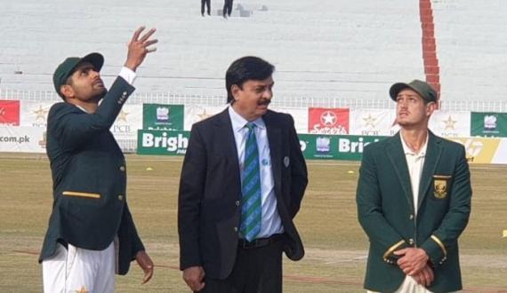 pindi test pakistan ka toss jeet kar pehly batting ka faisla