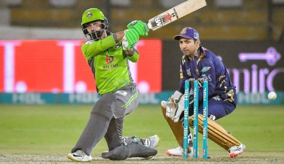 hafeez and fakhar ki shandar batting qalandars ki gladiators ko 9 wickets say shikast
